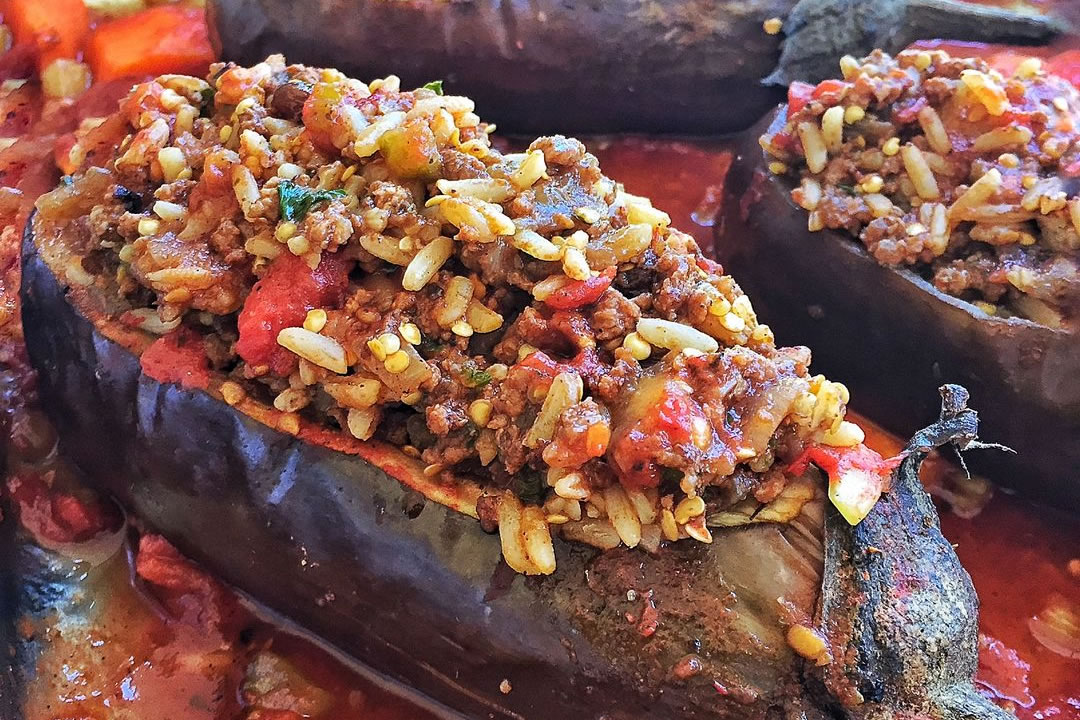 Berenjenas en salsa de chinola y jengibre