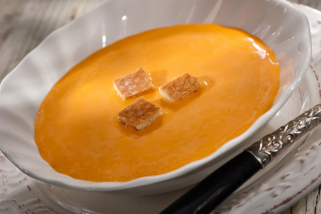 Sopa fría de tomates