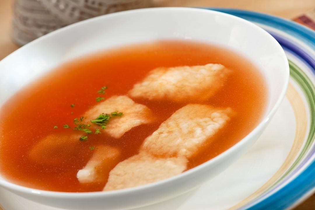 Sopa de pescado y ñame