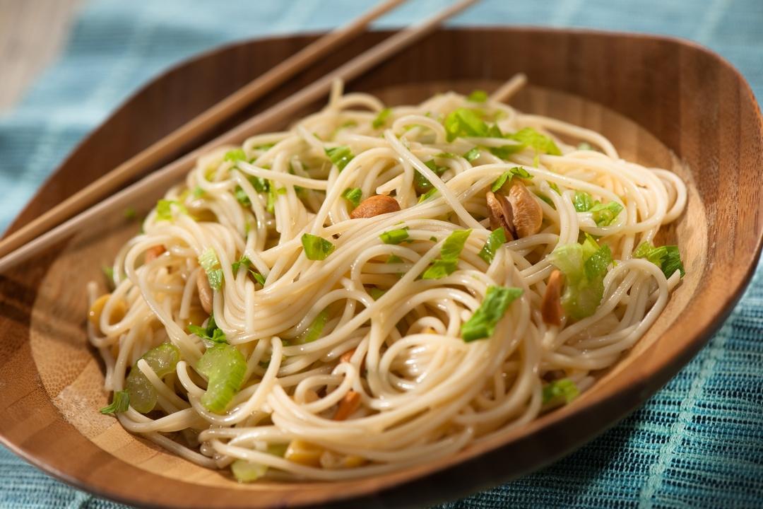 Spaghetti al estilo asiático