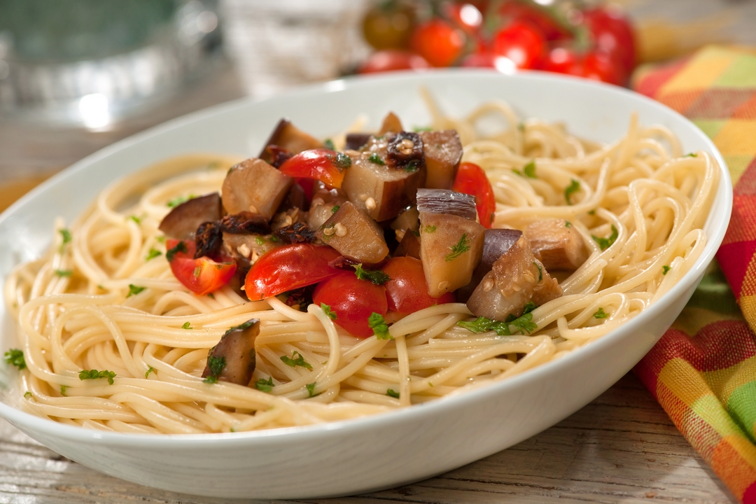Espaguetis Con Berenjenas Y Tomates Super Pola