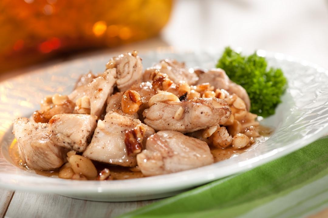 Pollo con miel y nueces