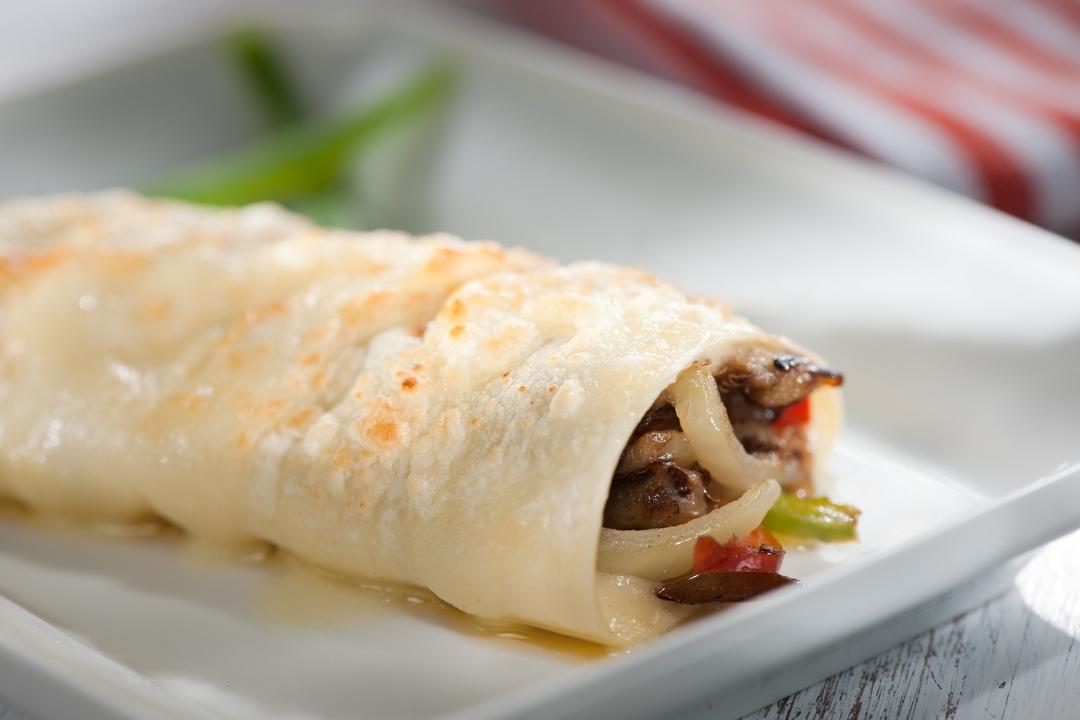 Rollos de vegetales y queso