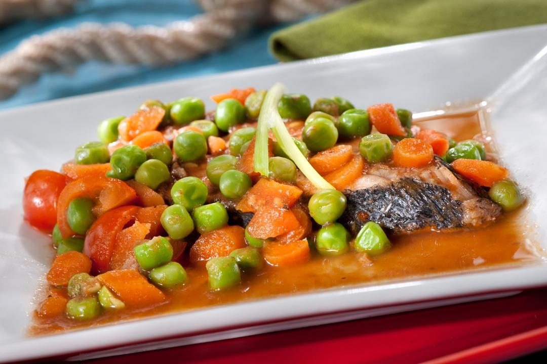 Pescado con hortalizas